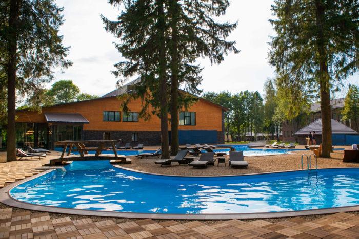 solnechnyy-park-hotel-spa-700x467