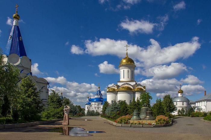 svyato-uspenskiy-zilantov-monastyr-700x467