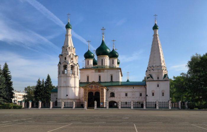 tserkov-ili-proroka-700x449