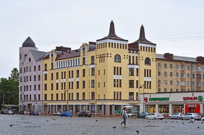 dom-kuptsa-moskvina-700x463