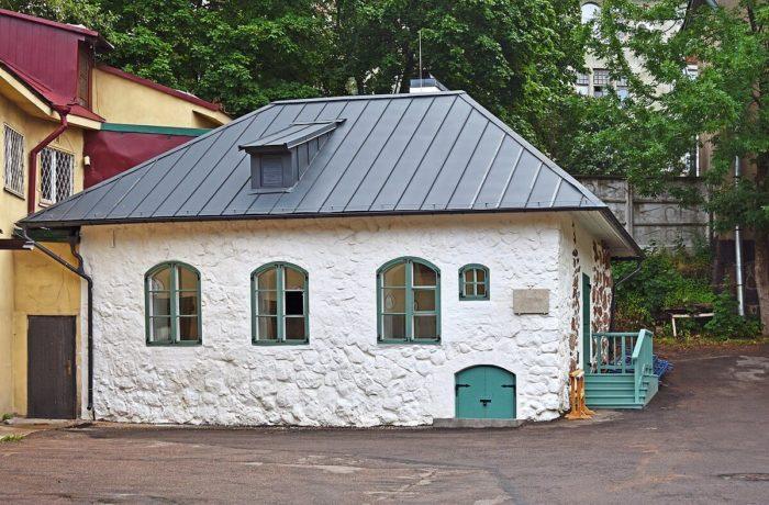 gildeyskiy-dom-700x460