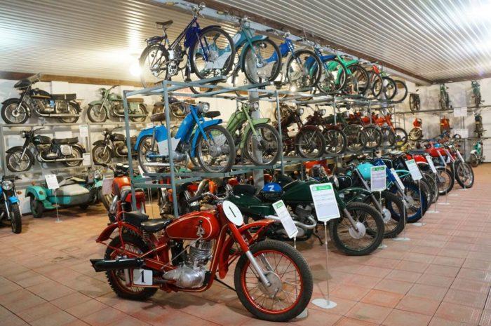 muzey-moto-avto-art-700x465