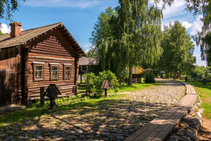 muzey-zapovednik-kostromskaya-sloboda-700x467