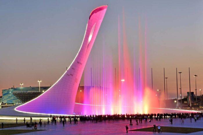 poyuschie-fontany-v-olimpiyskom-parke-700x464