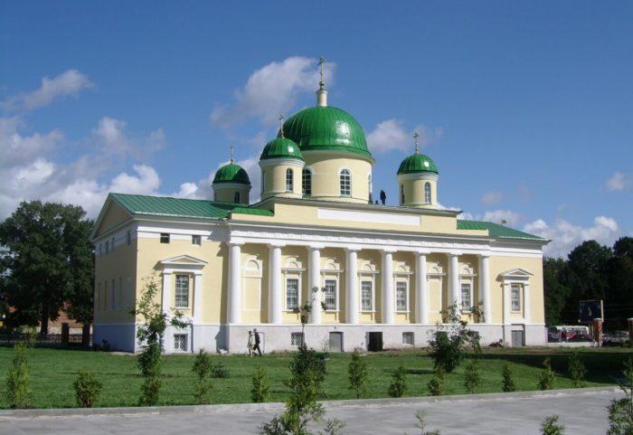 preobrazhenskiy-hram-700x481