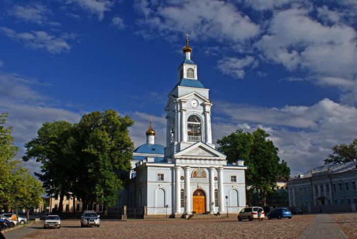spaso-preobrazhenskiy-sobor-700x469