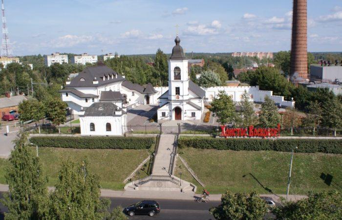 svyato-ilinskiy-hram-700x450
