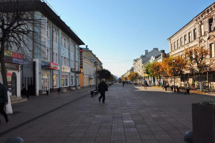 tryohsvyatskaya-ulitsa-700x465