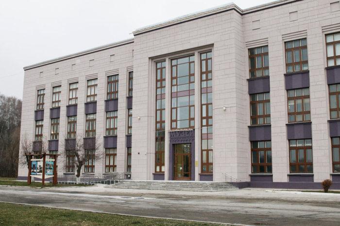 tulskiy-muzey-izobrazitelnyh-iskusstv-700x466