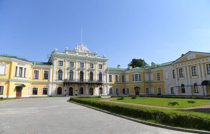 tverskoy-imperatorskiy-putevoy-dvorets-700x448