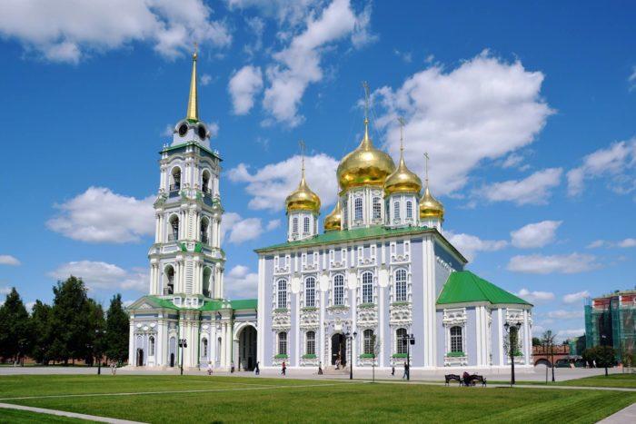 uspenskiy-sobor-tulskogo-kremlya-700x467