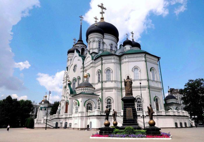 blagoveschenskiy-sobor-700x489