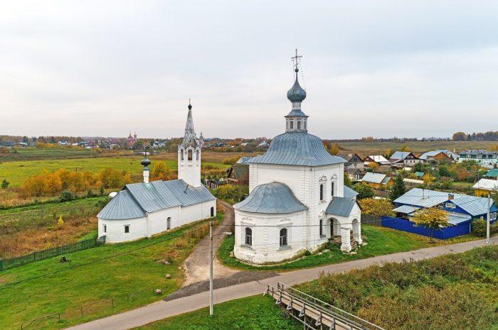 bogoyavlenskaya-i-rozhdestvenskaya-tserkvi-v-kozhevennoy-slobode-700x465