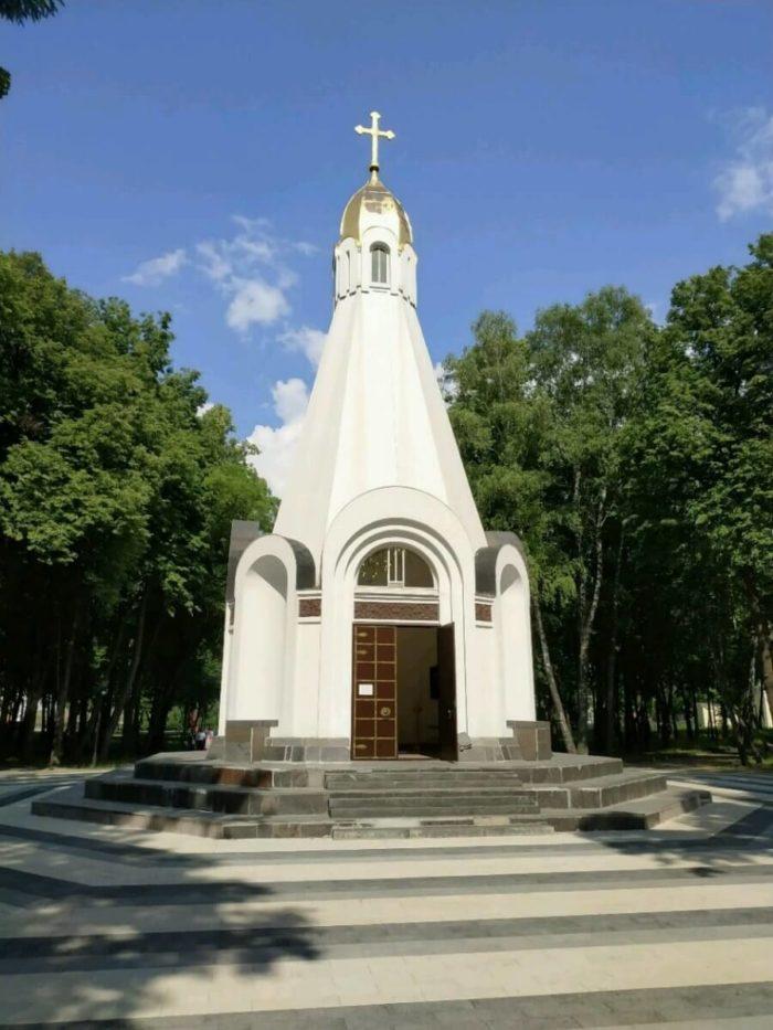 chasovnya-v-chest-900-letiya-ryazani-700x933