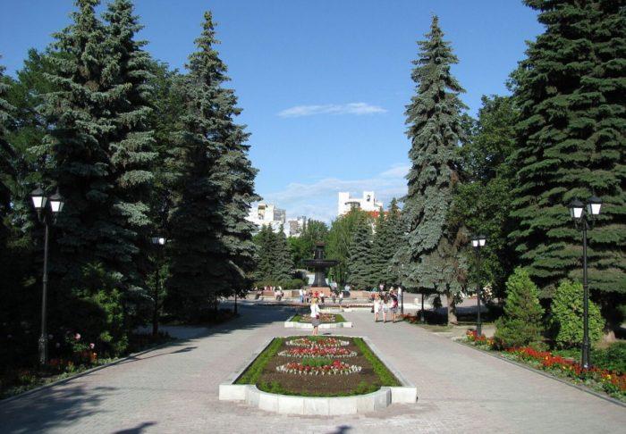 ekaterinburgskie-dendroparki-700x486