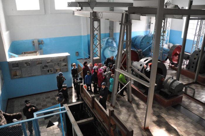 gidroelektrostantsiya-belyy-ugol-700x466