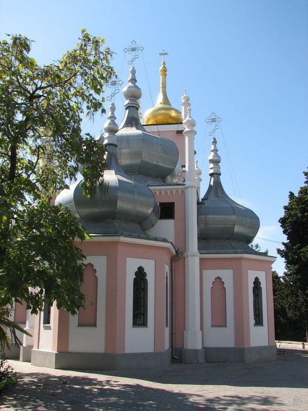hram-svyatogo-ioanna-zlatousta