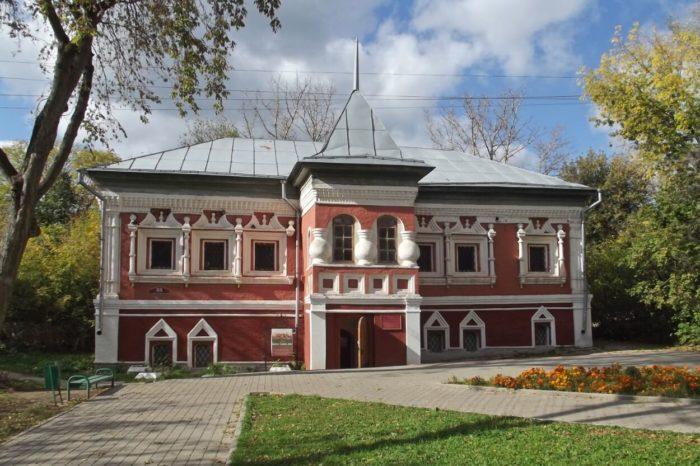 kamennye-palaty-korobova-700x466