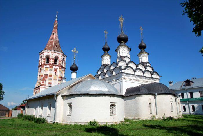 lazarevskaya-i-antipievskaya-tserkvi-700x469