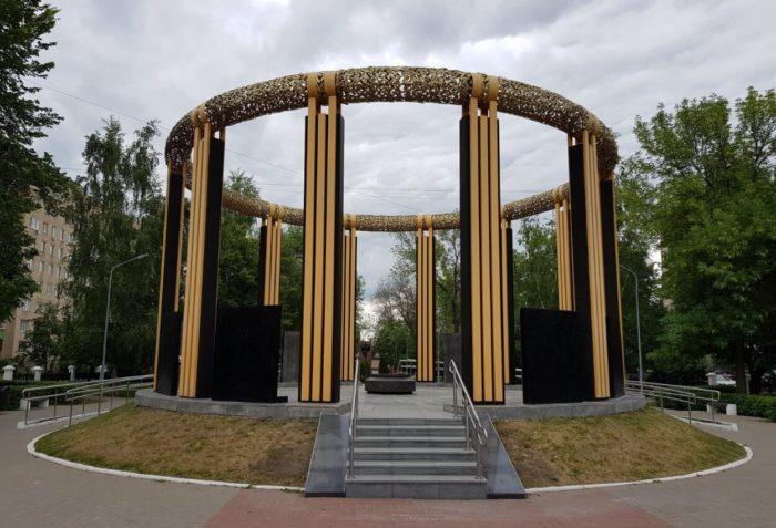 memorial-voinam-ryazantsam-pogibshim-v-lokalnyh-voynah-700x477