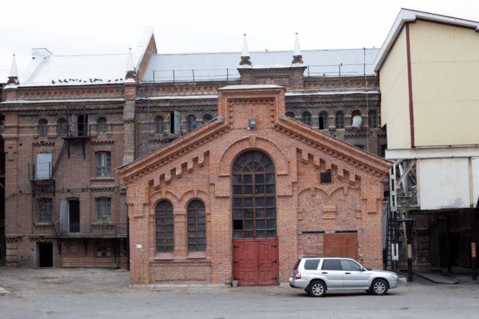 mukomolnaya-melnitsa-stroykova-i-yakimova-700x466