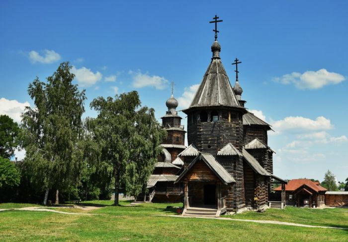 muzey-derevyannogo-zodchestva-700x488