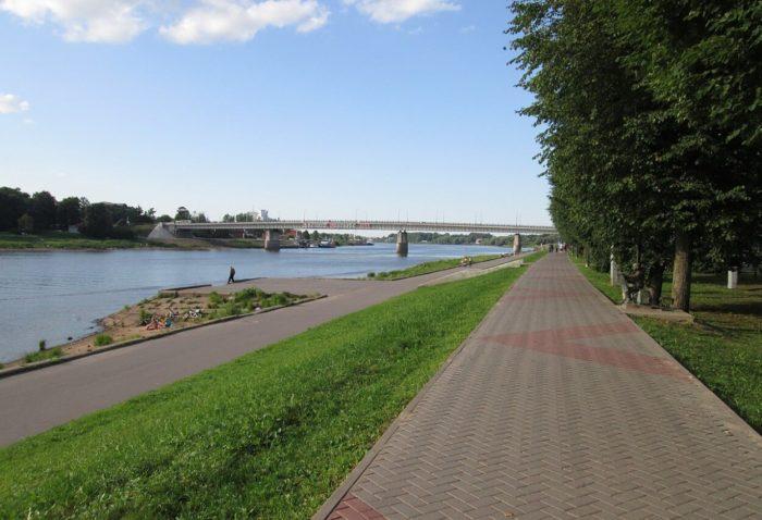 naberezhnaya-aleksandra-nevskogo-700x478