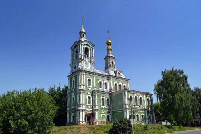 nikitskaya-tserkov-700x467