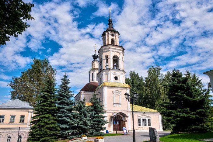 nikolo-kremlevskaya-tserkov-700x467
