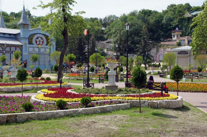 park-tsvetnik-700x465