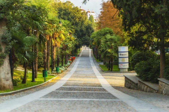 primorskiy-park-imeni-yu.-a.-gagarina-700x466
