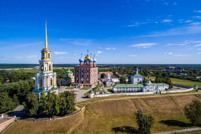 ryazanskiy-kreml-700x467