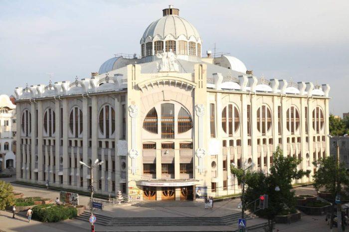 samarskaya-gosudarstvennaya-filarmoniya-700x465