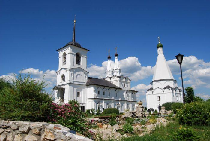 spaso-preobrazhenskiy-vorotynskiy-monastyr-700x469