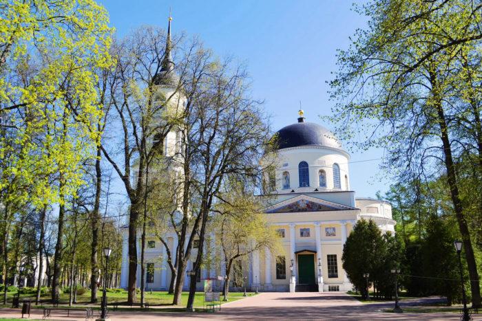 troitskiy-sobor-700x467