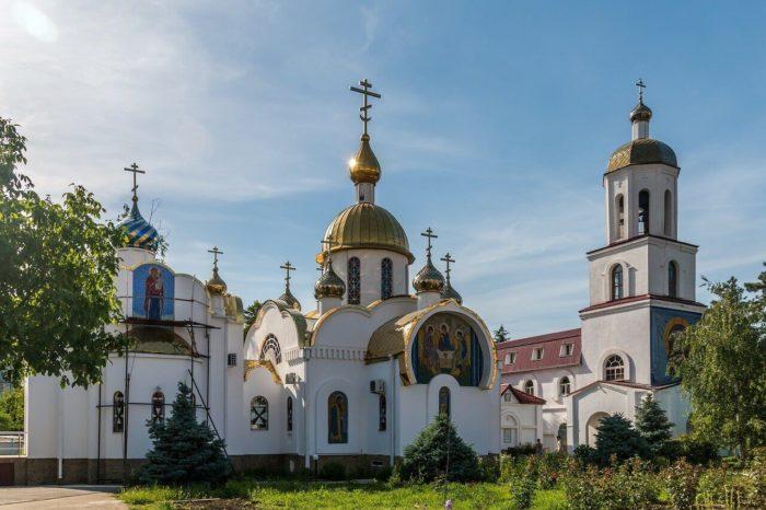 tserkov-svyatogo-ioanna-voina-700x466