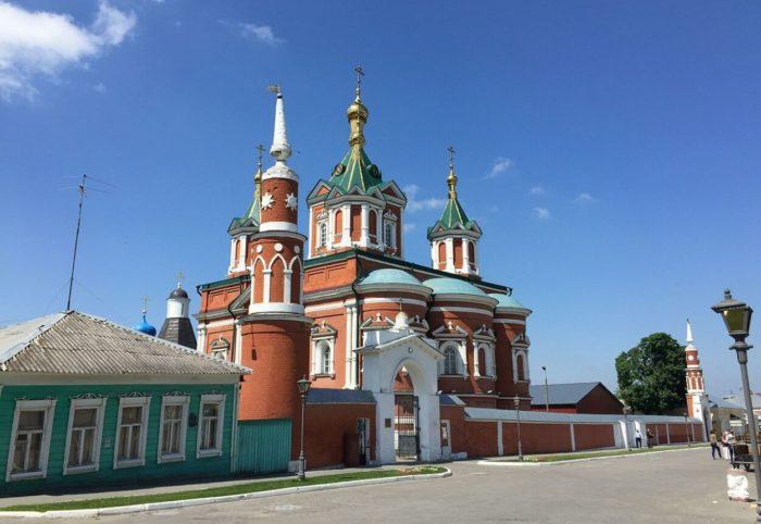 uspenskiy-brusenskiy-zhenskiy-monastyr-700x482