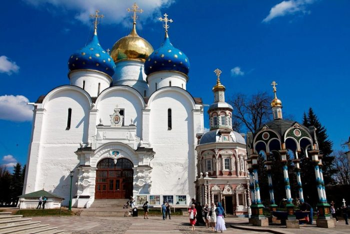uspenskiy-sobor-2-700x467