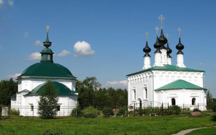 vhodo-ierusalimskaya-i-pyatnitskaya-tserkvi-700x438