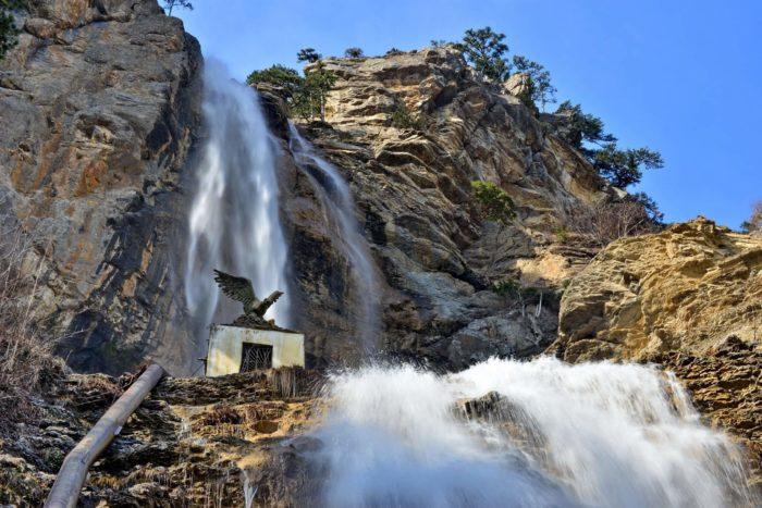vodopad-uchan-su-700x467