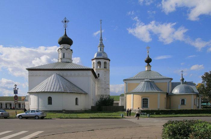 voskresenskaya-i-kazanskaya-tserkvi-700x462