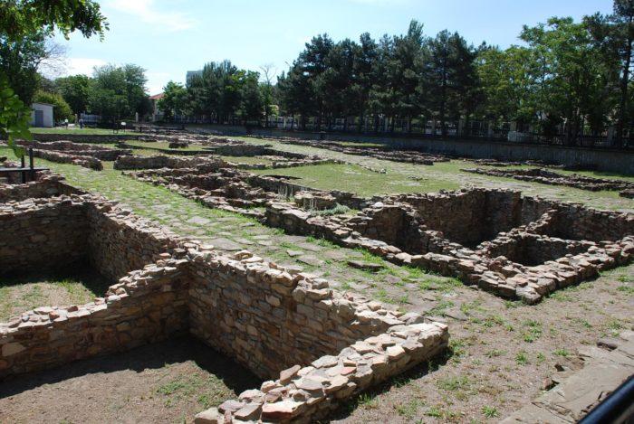 arheologicheskiy-muzey-gorgippiya-700x469