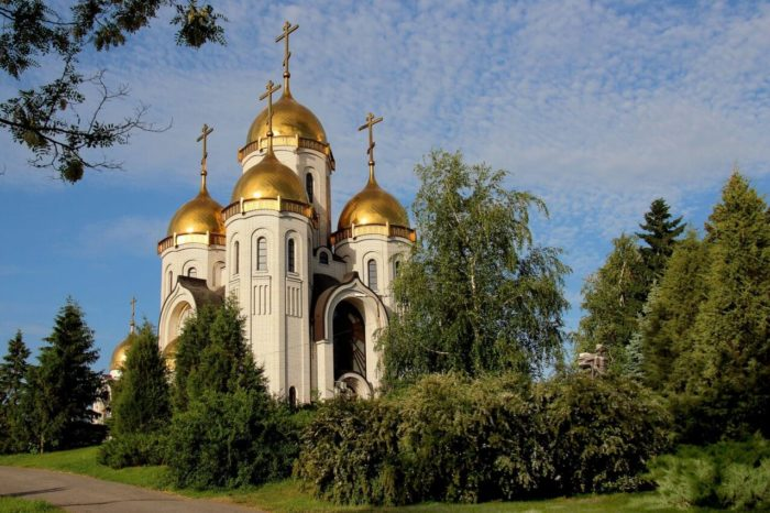 hram-vseh-svyatyh-na-mamaevom-kurgane-700x466