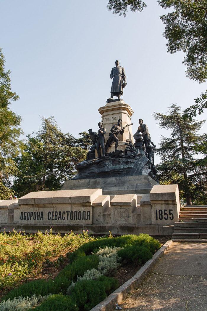 istoricheskiy-bulvar-700x1050