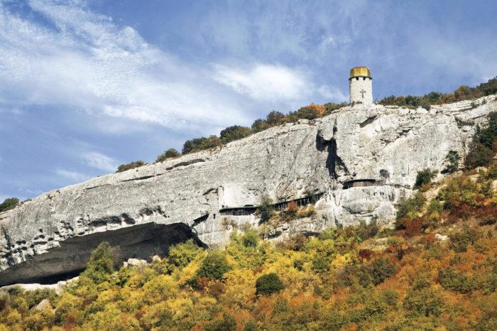 peschernyy-monastyr-shuldan-700x466