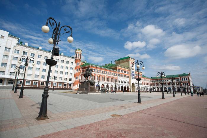 ploschad-obolenskogo-nogotkova-700x467
