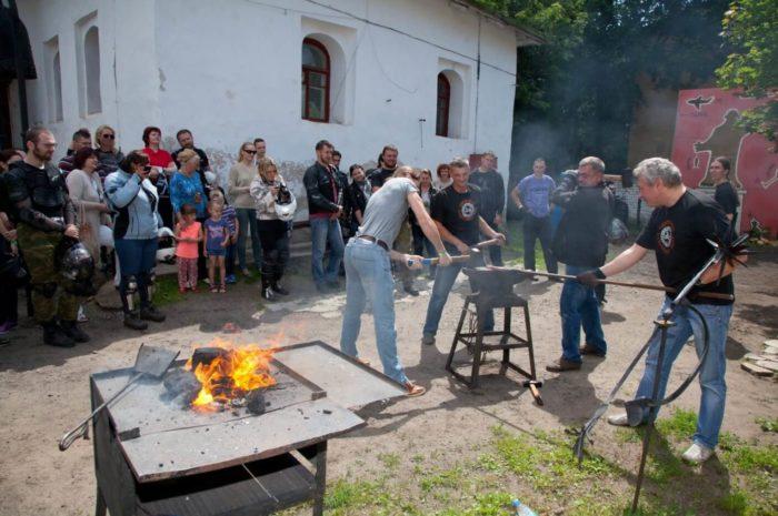 pskovskiy-kuznechnyy-dvor-700x465