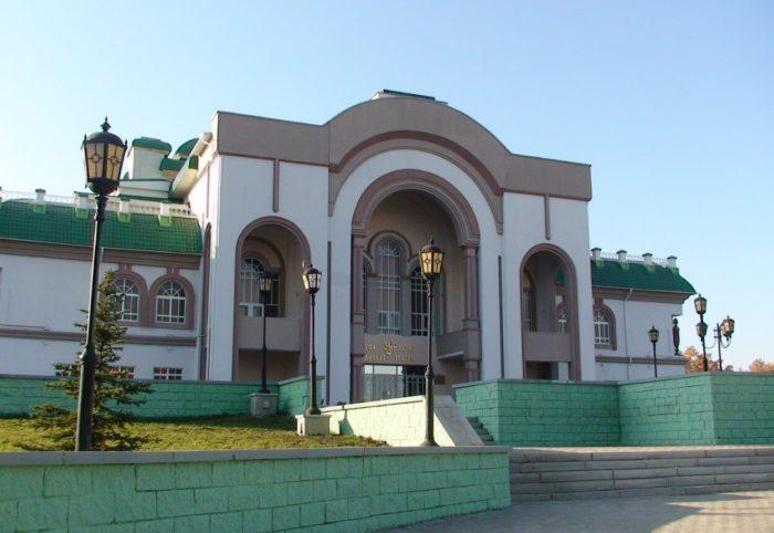 tatarskiy-teatr-nur-700x482