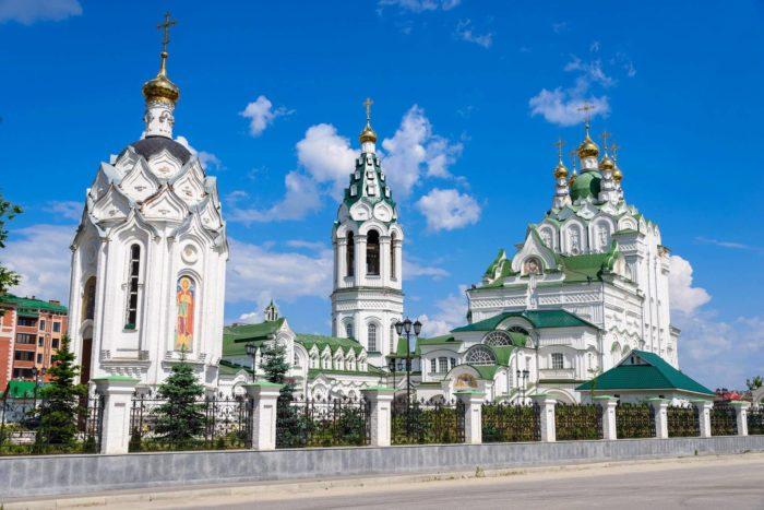 tserkov-troitsy-zhivonachalnoy-700x467