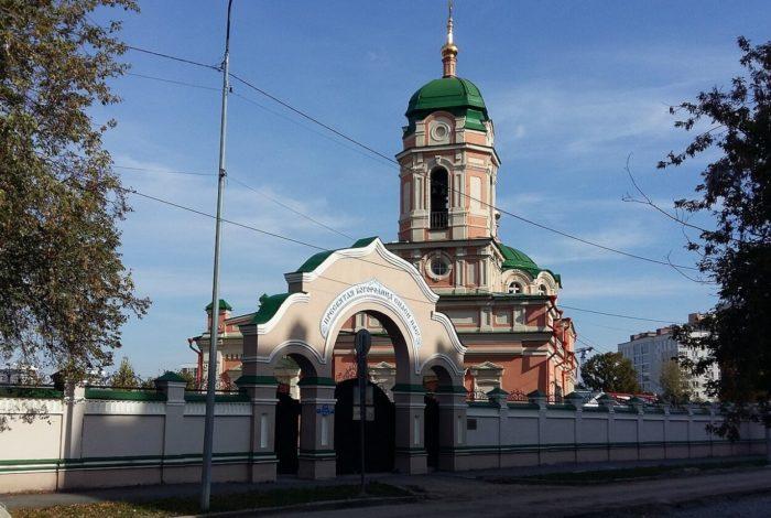 bogorodichno-rozhdestvenskiy-monastyr-700x470